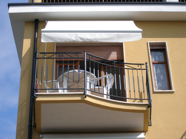 Apartment Balcony Awning Image And Attic Aanneenhaag