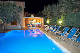 Residence-andrea-pool-und-bar