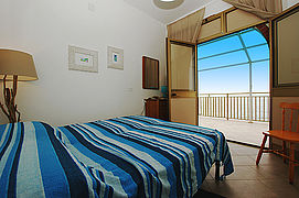 A-picco-sul-mare-schlafzimmer-klein-meer